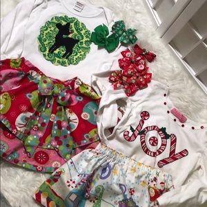 10 pieces matching Christmas clothes/ jelly pug